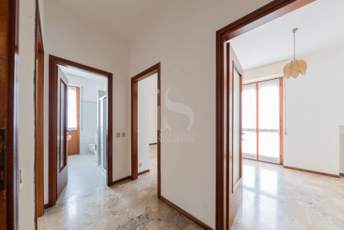 -vendita-11-corridoio-2259802.jpg