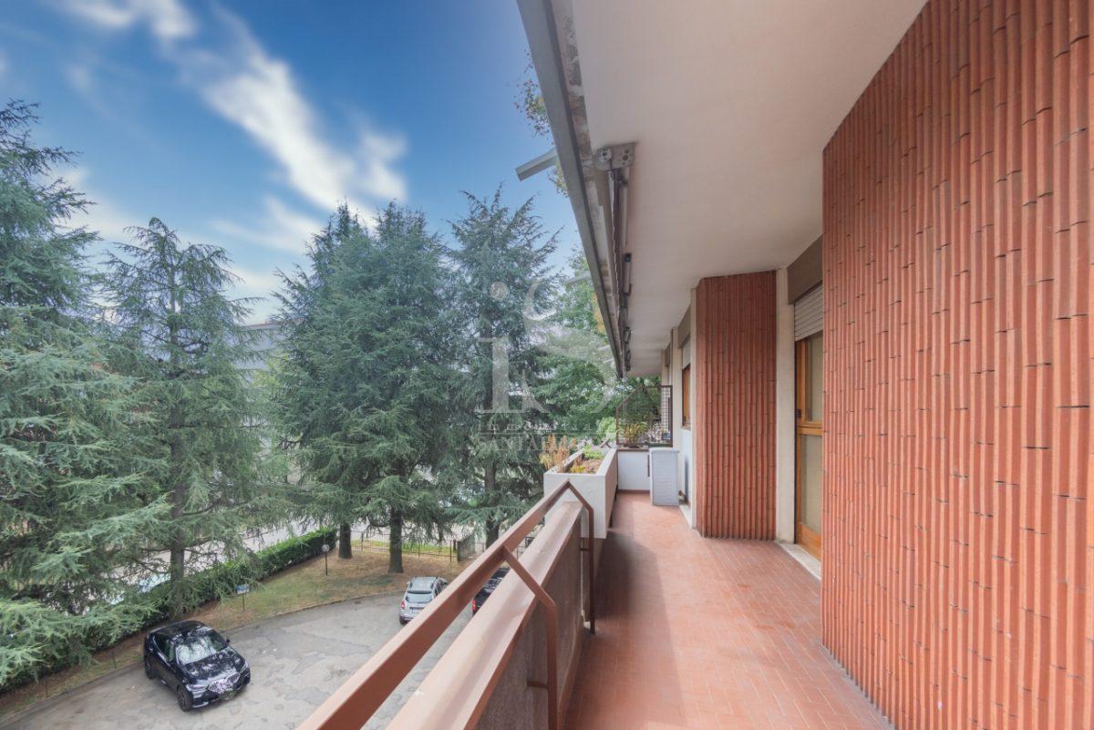 -vendita-23-balcone-2259802.jpg