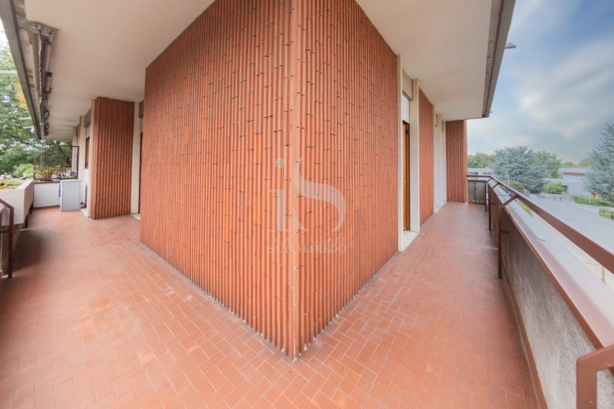 -vendita-4-balcone-2259802.jpg