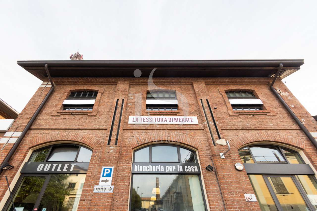 merate-ufficio-ristrutturato–vendita-16-facciata-2122538.jpg